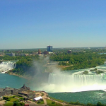 Ниагарский водопад из отеля Marriott Niagara Falls