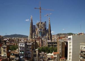 Храм Святого Семейства в Барселоне в Испании