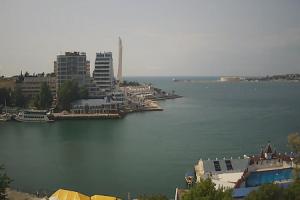Артиллерийская бухта в Севастополе в Крыму в реальном времени