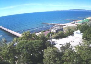 Побережье в поселке Приморский в Крыму