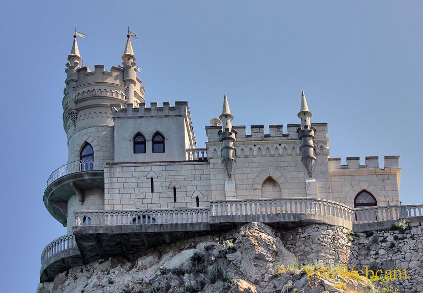 Ласточкино гнездо, Отдых в Крыму
