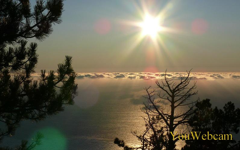 Утро в горах Крыма. Ялта Ай-Петри