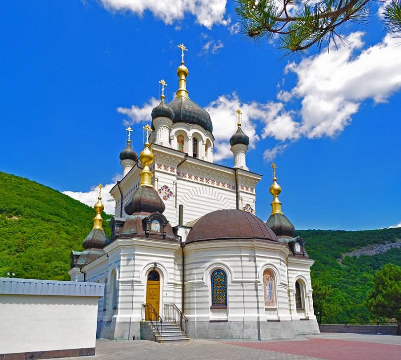 Форосская Воскресенская церковь