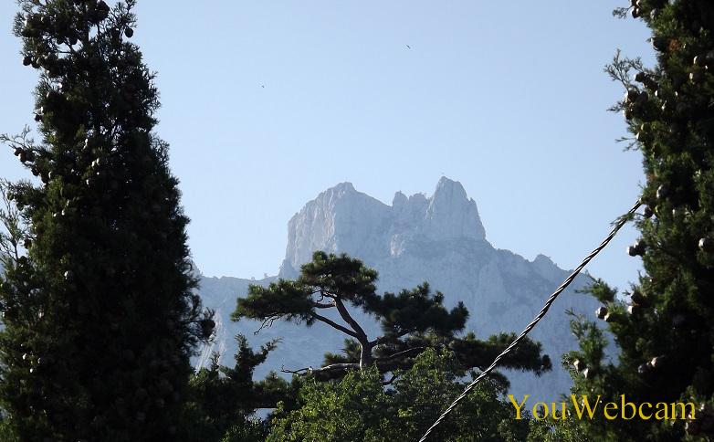 4 зупца у горы ай-Петри