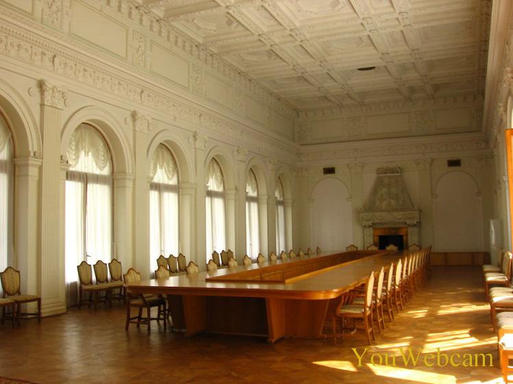 Зал а Ливадийском дворце