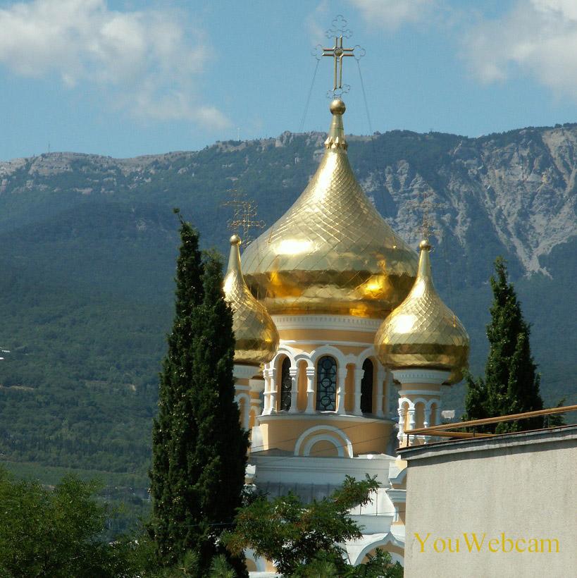 Золотые купола Собора