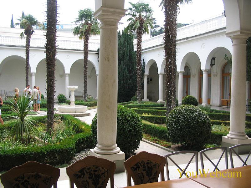 Ливадийский дворец Ялта отдых в Ялте