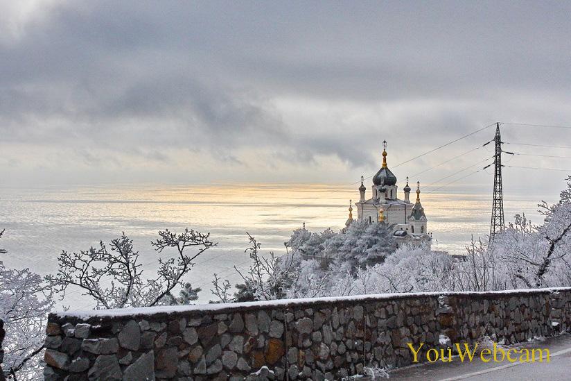 Форосская церковь зимой