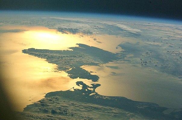 Полуостров Крым из космоса