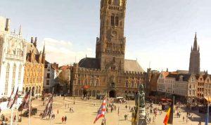 Рыночная площадь в городе Брюгге