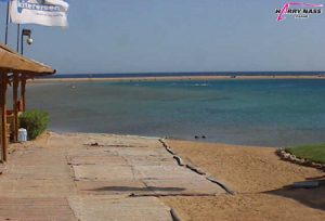 Пляж на курорте Дахаб в Египте