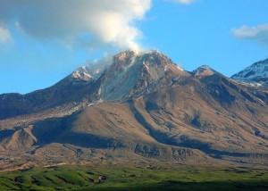 Веб камера показывает вулкан Шивелуч на Камчатке