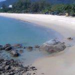 Пляж Карон на острове Пхукет
