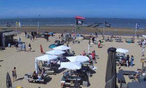 Пляж в городе Кнокке-Хейст в Бельгии