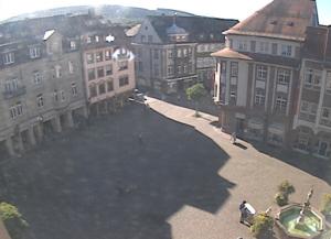 Рыночная площадь в городе Эттлинген в Германии