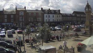 Главная площадь городка Тирск в Великобритании