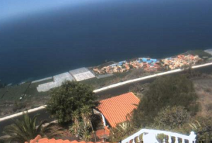 Поселок Фуэнкальенте-де-ла-Пальма на острове Ла-Пальма в Испании