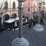Площадь Пьяцца-дель-Пополо в городе Равенна в Италии