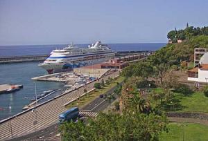 Порт Фуншала на острове Мадейра