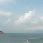 Залив Тунг Ван в Гонконге с острова Ченг-Чау