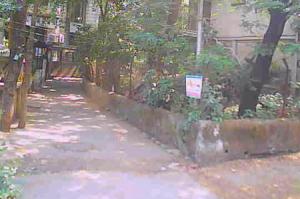 Улица в пригороде Чембур в Мумбаи в Индии