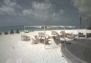 Пляж на острове Куреду на Мальдивских островах