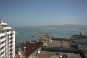 Морской порт города Танжер в Марокко
