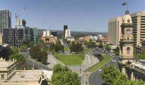Площадь Виктории в городе Аделаида в Австралии
