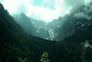 Трещина в горах в Татринском национальном парке
