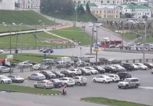 Площадь Тысячелетия в Казани, веб камера на улица Ташаяк