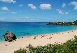 Залив Уэймея на Острове Оаху на Гавайских островах
