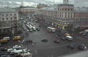 Перекресток проспекта Карла Маркса и улицы Масленникова в Омске