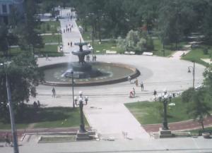 Фонтан на площади Победы в Омске