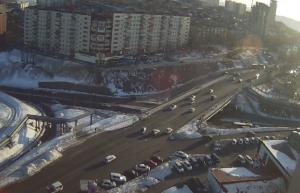Веб камера показывает площадь Окатовой с улицы Терешковой во Владивостеке