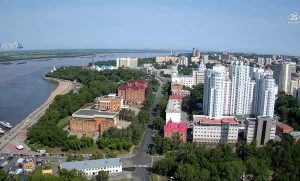 Набережная реки Амур и панорама Хабаровска