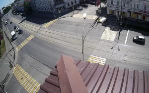 Перекресток проспекта Ленина и улицы Огаркова в Нижнем Тагиле
