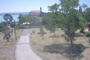 Бенедиктинское аббатство на полуостров Тихань в Венгрии