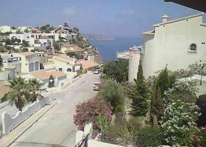 Панорама городка Бенитачель в Валенсии в Испании