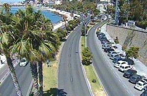 Улица вдоль набережной Малаги в Испании