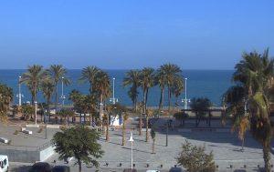 Пляж в городе Марбелья в Андалусии