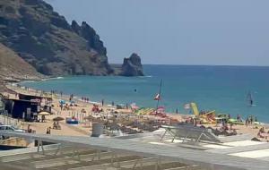 Пляж Прайя-да-Луш в Португалии