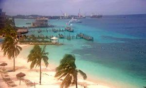 Морской порт города Нассау на Багамских островах