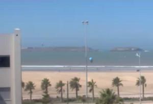 Пляж в городе Эс-Сувейра в Марокко