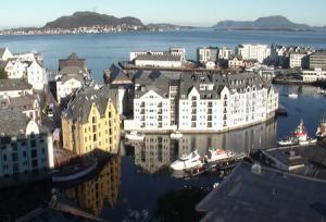 Панорама города Олесунн в Норвегии