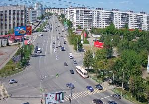 Перекресток улицы Чайковского и Комсомольского проспекта в Челябинске
