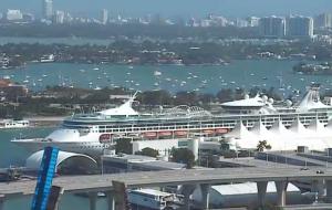 Океанский порт Майами в штате Флорида