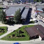 Перекресток улиц Главная и Озерная в деревне Новое Девяткино
