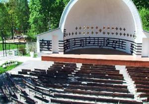 Симфоническая веранда в парке Сокольники в Москве