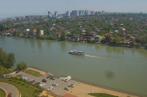 Панорама Краснодара и река Кубань