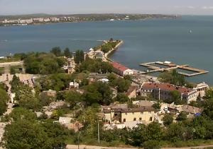 Панорама Керчи и Крымский мост с горы Митридат